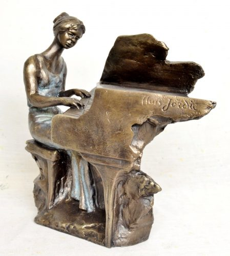 Lady playing a piano